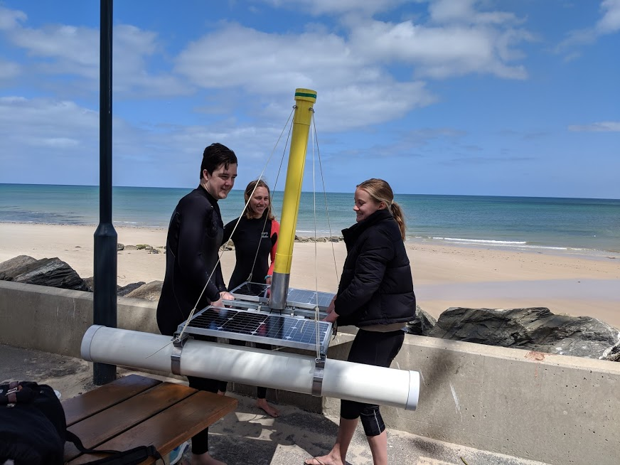 AusOcean rig testing by Immanuel College students, photo by Alan Noble